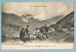 F0667  CPA  Les Hautes Pyrénées - Sommet Du Col D'AUBISQUE (Alt. 1 710 M)  Animation  ++++ - Sonstige Gemeinden