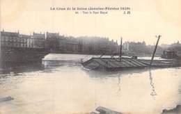 75 - PARIS 07 ° - INONDATIONS De PARIS ( Janvier 1910 ) Vers Le Pont Royal - CPA - Seine - De Overstroming Van 1910