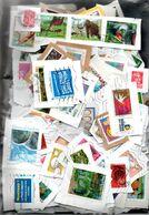 H130 Ensemble De Plus De 500 Timbres Oblitérés De France Sur Fragments En Euros. PORT 2.32 € OFFERT Pour La FRANCE !!! - Collections (with Albums)