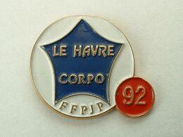 Pin's PETANQUE - FFPJP - LE HAVRE CORPO 92 - Bocce