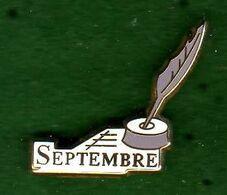 Pin's Septembre Zamac Arthus Bertrand - Arthus Bertrand
