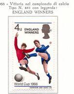 PIA  -  GRAN BRETAGNA -  1966  :  Gran Bretagna Campione Del Mondo Di Football -   (Yv 448) - Coupe Du Monde