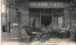 CPA Collioures (Pyr. Oles) - Grand Café Honoré Francès, Propriétaire - Collioure