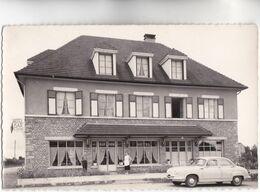 CPSM - 61 - SURDON - HOTEL De La GARE MAISON GUENE - Voiture De Tourisme PANHARD En Beau Plan Vers 1950 - Autres Communes