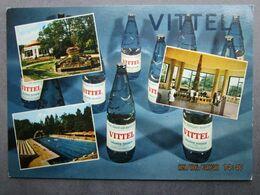 CP 88 Vosges VITTEL Contrexeville - Multivues Ville De Santé Décor Bouteilles Eau Minérale Naturelle Grande Source 1970 - Vittel Contrexeville