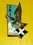 3° Régiment D'Infanterie, Dos Guilloché, 2 Pièces,FABRICANT DRAGO PARIS ,HOMOLOGATION 2006, ETAT VOIR PHOTO  . POUR TOUT - Hueste