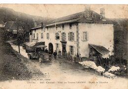 1847 - CARLAT - Hôtel Des Touristes LABORIE - Départ De L'Autobus - Carlat