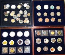 Alle Welt: Lot Diverser Münzen Und Medaillen In 4 Schuber Untergebracht. Dabei Silberunzen Aus Kanad - Monete