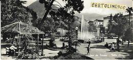 Campania-cava De Terreni Villa Comunale Veduta Villa Comunale Cava Dei Tirreni Animata Anni 50 (cm. 9 X 20 / Lunga ) - Cava De' Tirreni