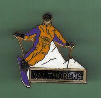 VAL THORENS *** Signe MARTINEAU *** 1059 (5-5) - Villes