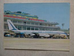 AEROPORT / AIRPORT / FLUGHAFEN    PARIS ORLY  B 707  AIR FRANCE     EDITION PI N° 136 - Aérodromes