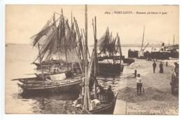 Port Louis, Bateaux Pecheurs à Quai, France, Postcard, CPA, Unused - Ohne Zuordnung