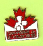 Pin's Boxe Championnat Jr St-Hyacinthe '85 - 6B21 - Pugilato
