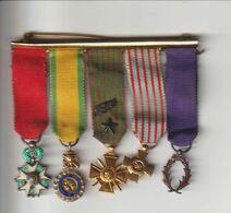 Lot De 5 Médailles Format Réduit Dont Légion D'honneur Avec Barrette - France