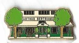 AB - A39 - ARTHUS BERTRAND - SIEGE -  Verso : ARTHUS BERTRAND / PARIS - Arthus Bertrand