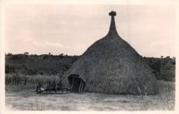 Publ. ZAGOURSKI - L'Afrique Qui Disparait - A.E.F. - Une Hute - N° 147 - Congo Francese - Altri