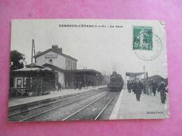 77 VERNEUIL L'ÉTANG LA GARE TRAIN QUAIS ANIMÉE - Frankreich