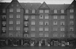 Denmark Building Shops Sarto Thehand Osterforreinineen Blomster Postcard - Danemark