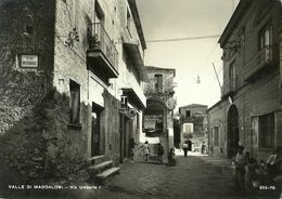 "9134 "" VALLE DI MADDALONI-VIA UMBERTO I "" ANIMATA-INSEGNA TABACCHI E TELEFONO- CART. POST.  ORIG. SPED.1972 - Caserta"