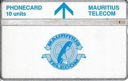 MAU-17 - White Upper Band - 407A - Maurice