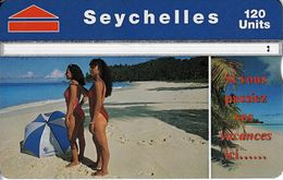 SEY-41 - Beach Scene - 708A - Seychelles