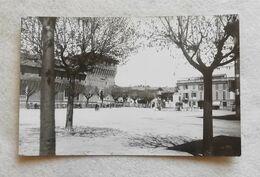 Cartolina Illustrata Galliate - Piazza Castello, Viaggiata Per Rimini 1948 - Italia