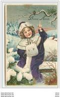 N°1640 - Carte Gaufrée - Bonne Année - Fillette En Manteau Violet - Neujahr