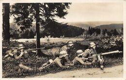 Echt Foto AK 1937 Die Wehrmacht Maschinengewehr In Feuerstellung - Guerra 1939-45