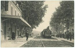 CALVISSON (30) – La Gare. Train. Superbe. Editeur Ch. Bernheim, Nîmes, N° 1. - Altri Comuni