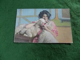 VINTAGE TOPICS - ANIMALS: SHEEP Woman Cuddles Lambs Tint 1904 ESD - Altri