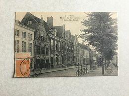 IEPER 1913  YPRES MAISONS DE CORPORATIONS ET MARCHE AU BETAIL - Ieper