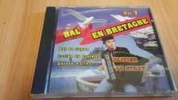 Bal En Bretagne  Vol 1. - Olivier Le Strat   - Discover - Country & Folk