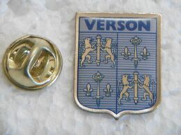 Pin's - Ville VERSON Armoiries Blason 14790 CALVADOS 14 NORMANDIE - Bowling