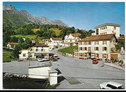 San Gregorio Alle Alpi (Belluno). Piazza E Municipio. Insegna Birra Dreher Sul Balcone A Destra. - Belluno