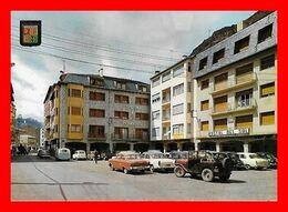 CPSM/gf  ANDORRA LA VELLA (Andorre)   Vue Partielle De La Place Guillermo, Jeep, Aronde, 4L...C705 - Andorra