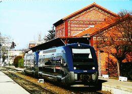 TRAIN Autorail Type X -    Gare De CARMAUX   (81)  Ligne Pour Toulouse - Carmaux
