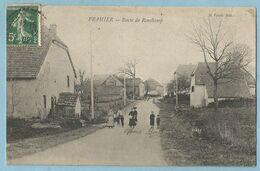 UR0098  CPA   FRAHIER  (Haute-Saône)  Route De Ronchamp  +++++ - Andere Gemeenten