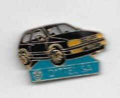 Pin's  Ville, Automobile  V W  GOLF  Noire, Garage  DITTEL  S.A  à  COLMAR  ( 68 ) - Volkswagen