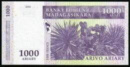 Madagascar 2004 1000 Ariary UNC Neuf Parfait Deux N°s Suivis Voir Autre Vente - Madagascar