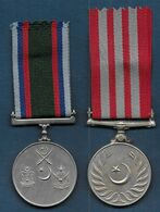 2 Médailles Du Pakistan - Médailles & Décorations