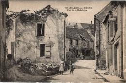 CPA : Chatillon Sur Marne , Rue Madeleine , Animation - Châtillon-sur-Marne
