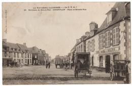 CPA 53 - COUPTRAIN (Mayenne) -  29. Place Et Grande Rue (attelages, Hôtel Roger Bellier) - Phot. Davoust - Couptrain