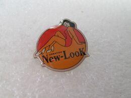 PIN'S   NEW LOOK  MEDIA  PIN UP - Pin-ups