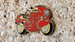 Pin's MOTO - BMW K1 Rouge - EMAIL - Fabricant DEMONS & MERVEILLES - Motorbikes