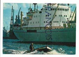 Cargo Dans Le Port De Hambourg. - Commercio