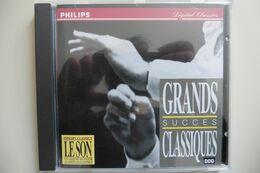 CD Grands Succès Classiques Strauss Bach Vivaldi Haydn Haendel Mozart Brahms Etc - Klassik