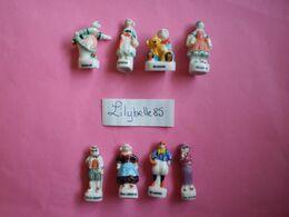 Serie Complète De 8 Feves Anciennes En Porcelaine - BECASSINE 1997 ( Feve Figurine Miniature ) RARE - Cartoons