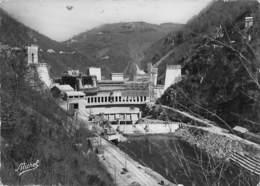 19 CORREZE LE Barrage De Chastang Dans Les Gorges De La Dordogne Vers Argentat, Beaulieu, Mauriac - Argentat
