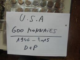 600 MONNAIES U.S.A Entre 1946 Et 2015 DONT COMMEMORATIVES DATES+LETTRES(D+P) DIFFERENTES. 3 KILOS 500 - Coins & Banknotes