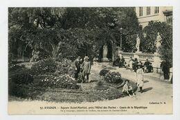 CPA - 84 - AVIGNON - SQUARE St-MARTIAL, PRÈS L'HOTEL DES POSTES - COURS DE LA RÉPUBLIQUE - - Avignon